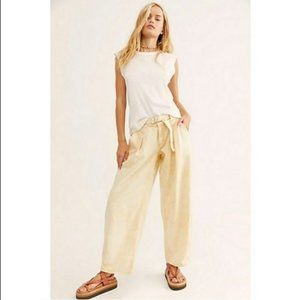 NWOT FREE PEOPLE Yellow Paloma Slouchy Jeans (31)